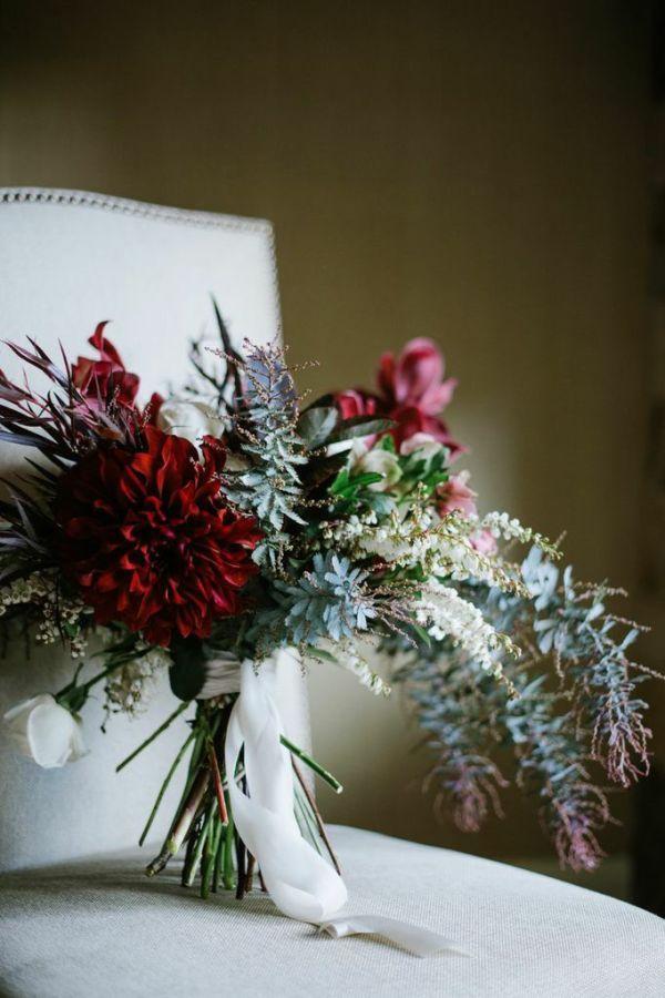 burgundy boda